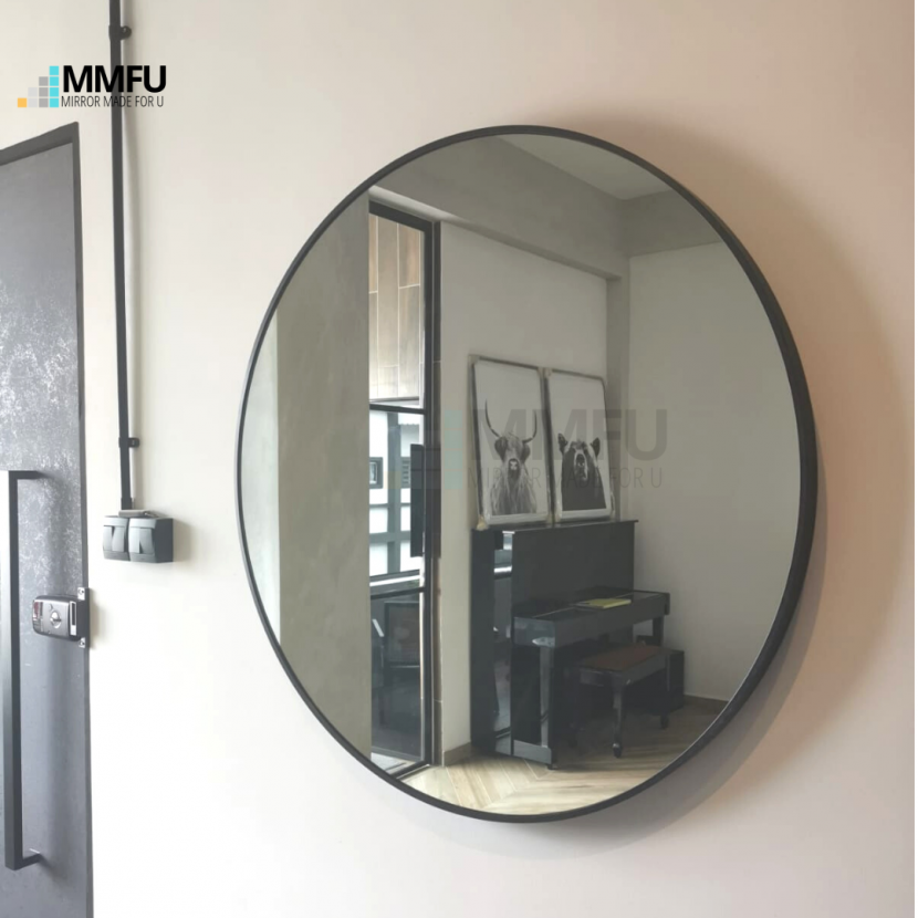 Round Mirror with Black Anodized Aluminium Frame